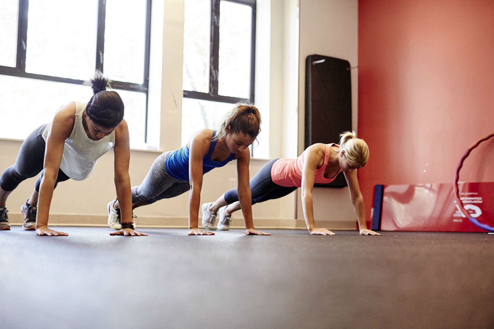 How Many Push-Ups Can You Do in 1 Minute?
